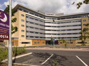 Information about golf hotel Premier Inn Manchester Airport Runger Lane  North? - Leadingcourses