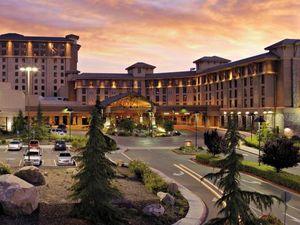 Information About Golf Hotel Chukchansi Gold Resort Casino